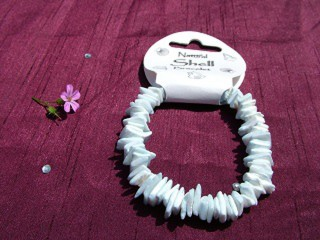 Light Blue Shellchip Bracelet